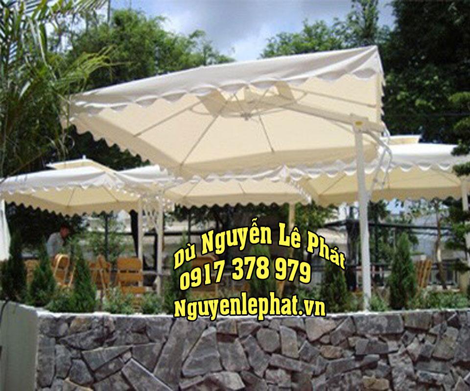 Dù Che Nắng Quán Cafe tại Đà Lạt