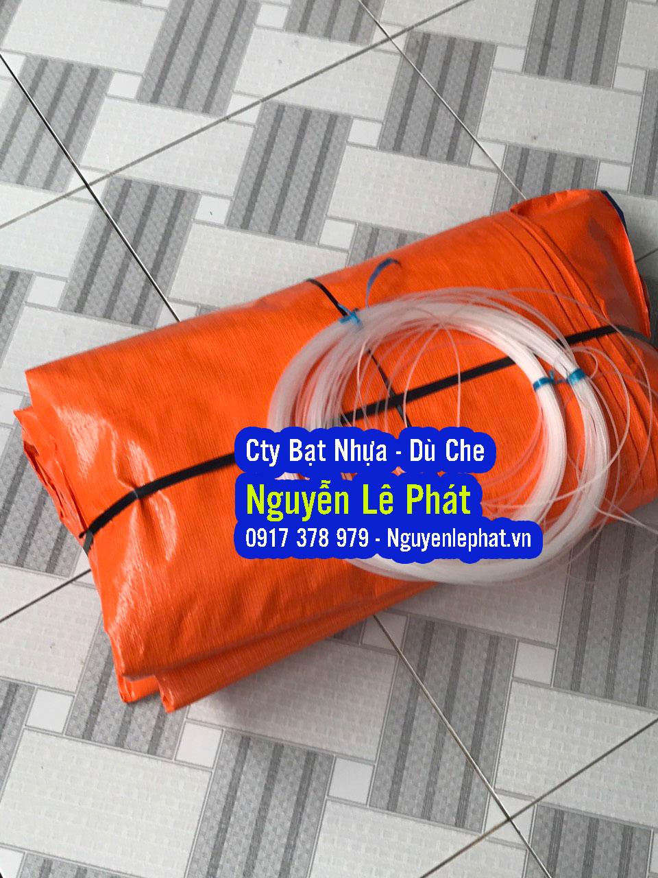 Chúng Tôi chuyên SX vải Bạt nhựa PE các khổ 2M, 4M, 6M, 8M dài 50M hoặc ... Bạt xanh cam là loại bạt chất lượng cao che phủ hàng hóa Quý khách có th . ... Quy cách ; khổ 2m,4m,6m độ dày đặt theo mẫu